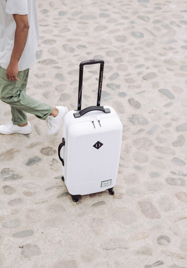 Herschel-Koffer-TRADE-LUGGAGE-WHITE