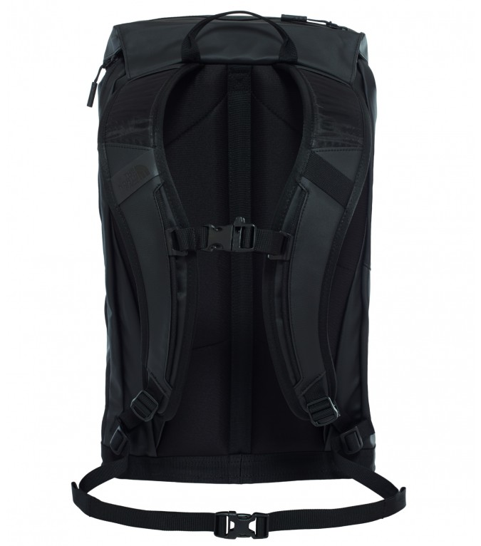 The-North-Face_Base-Camp-Citer-Rucksack_08