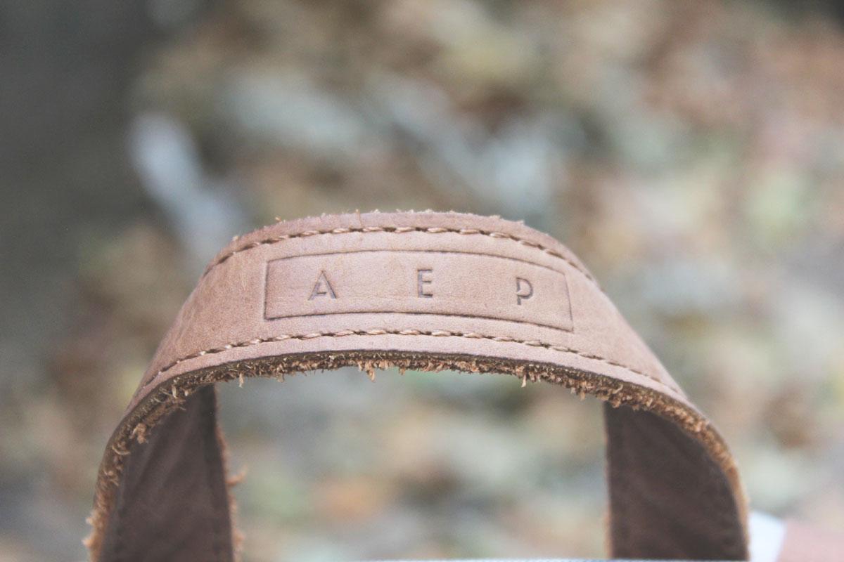 A E P alpha classic logo lasche